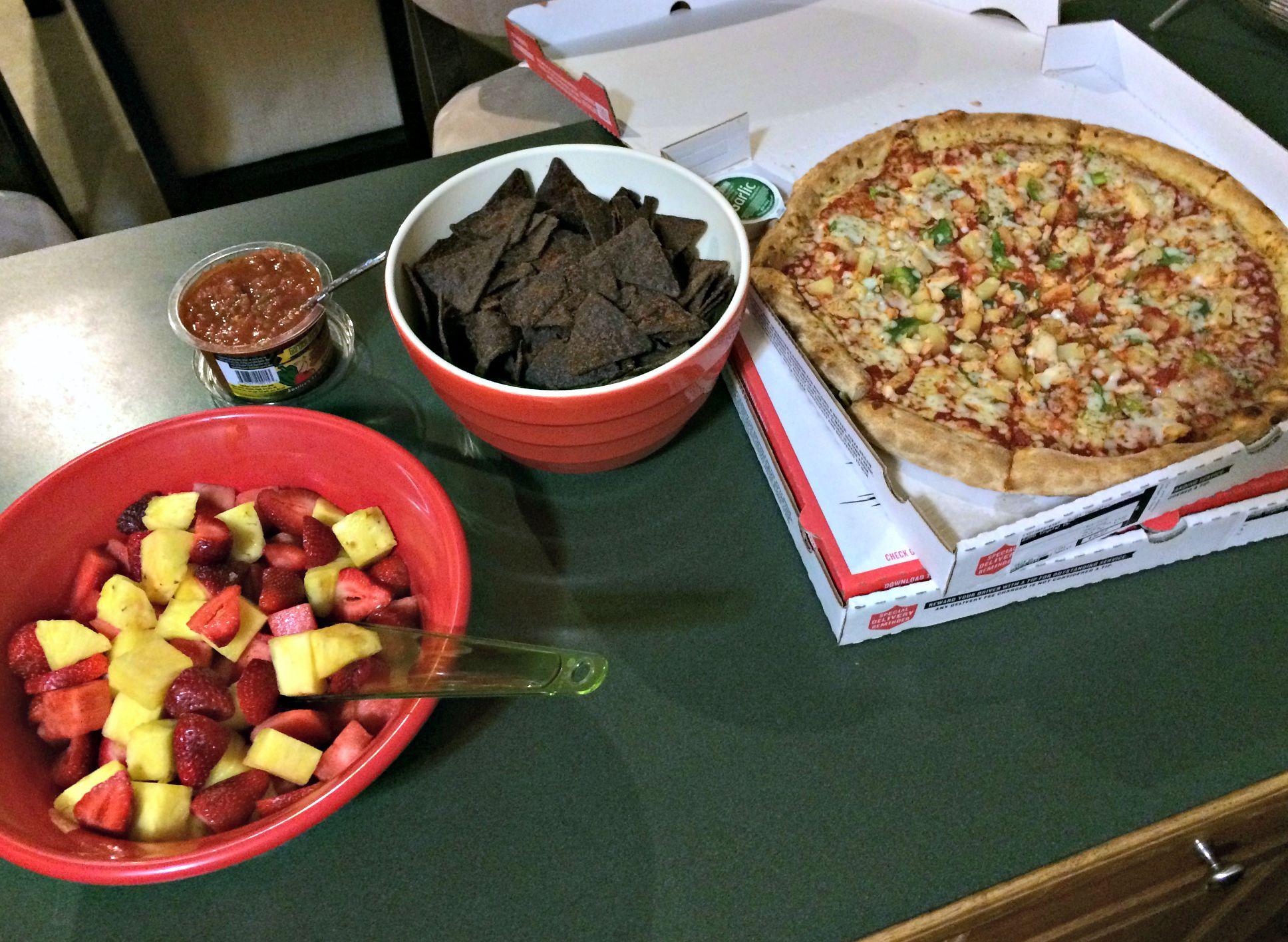 papa johns pizza and snacks