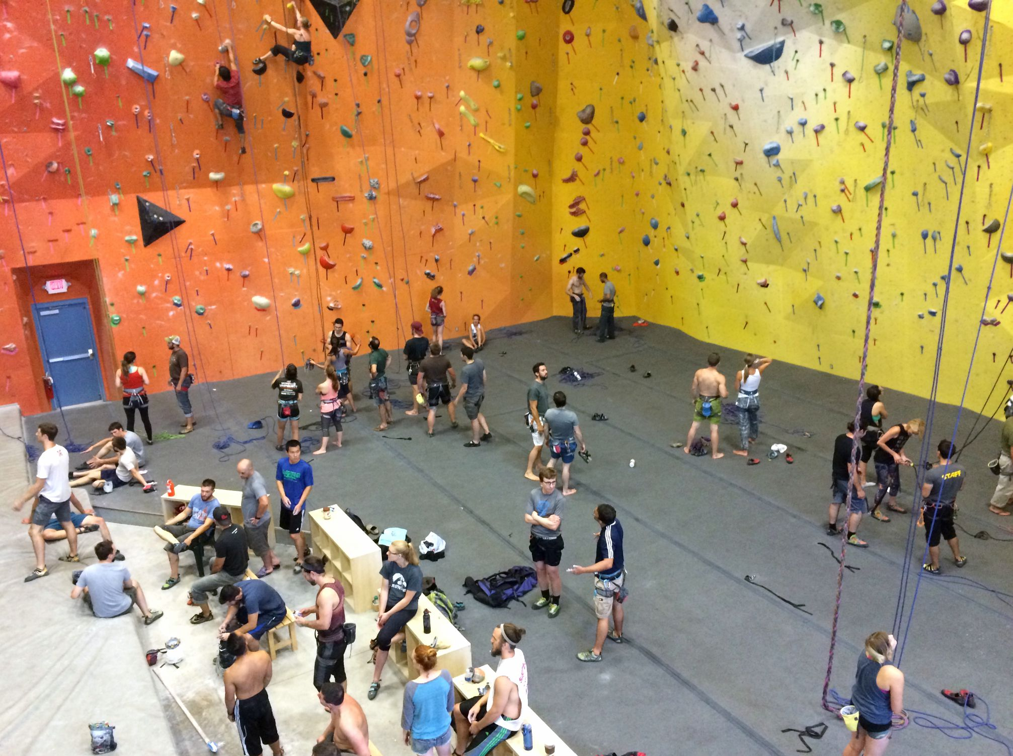 planet rock - rock climbing training center michigan
