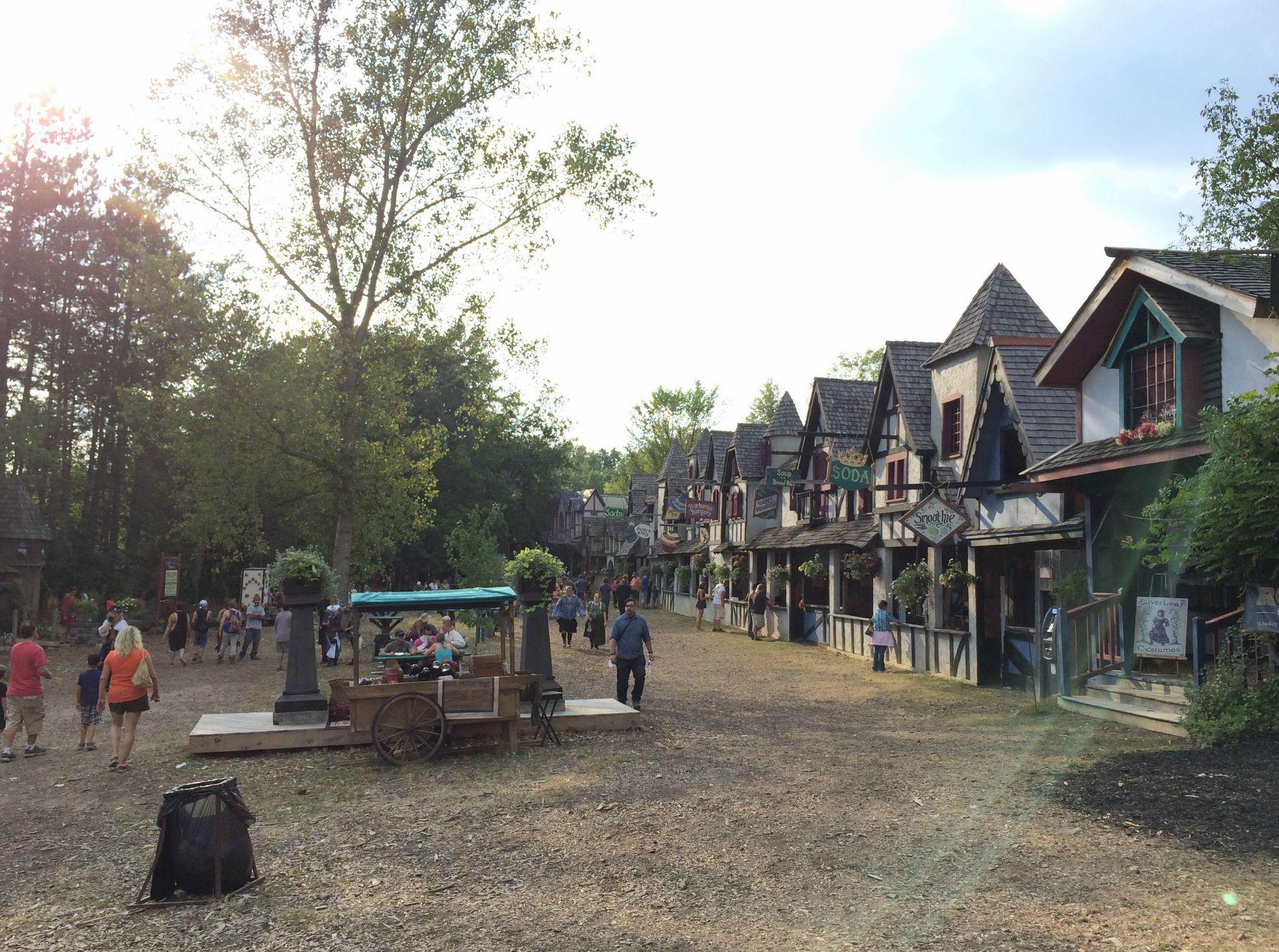 renaissance festival michigan - holly grove