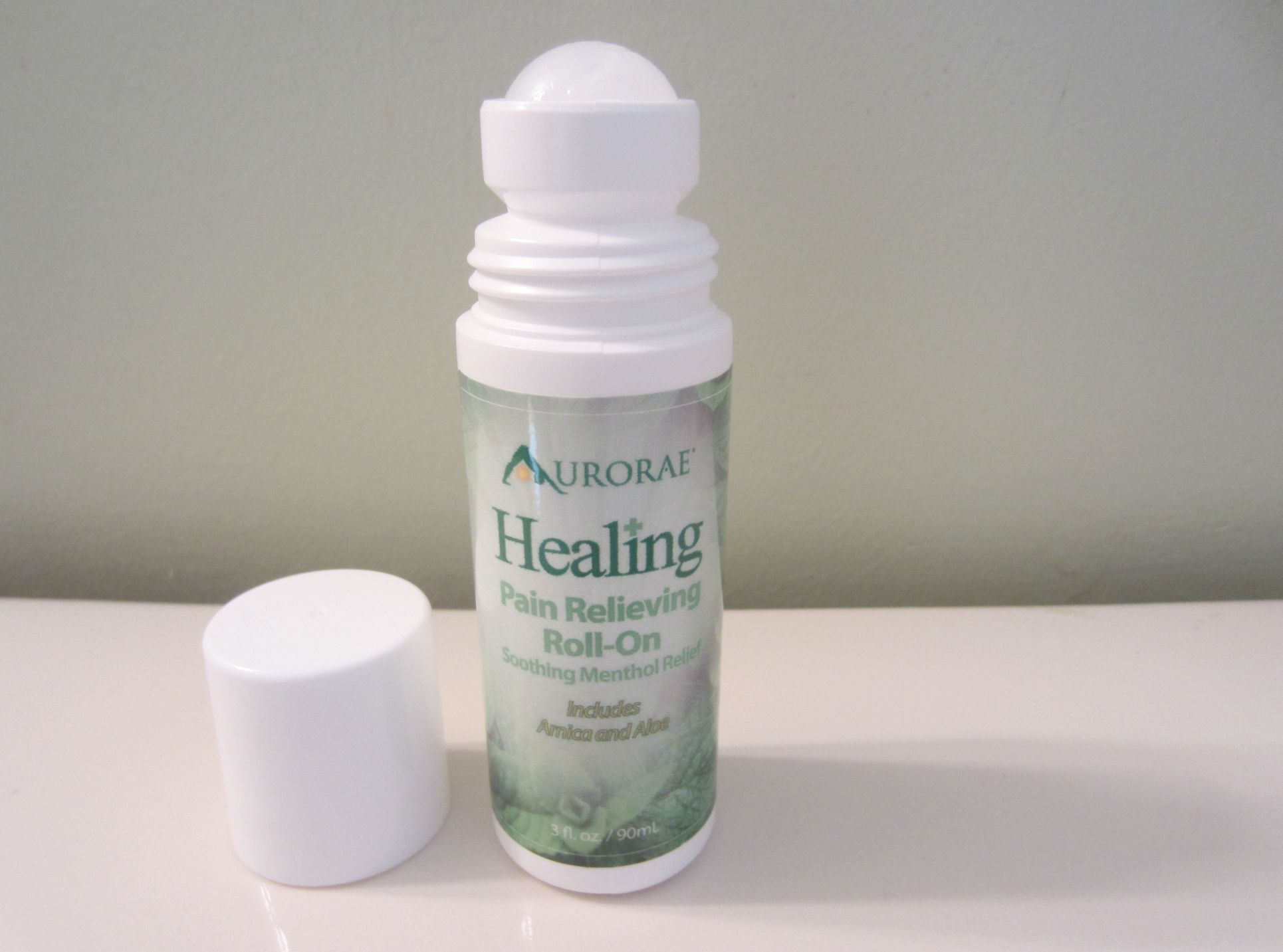 aurorae healing pain relieving roll-on