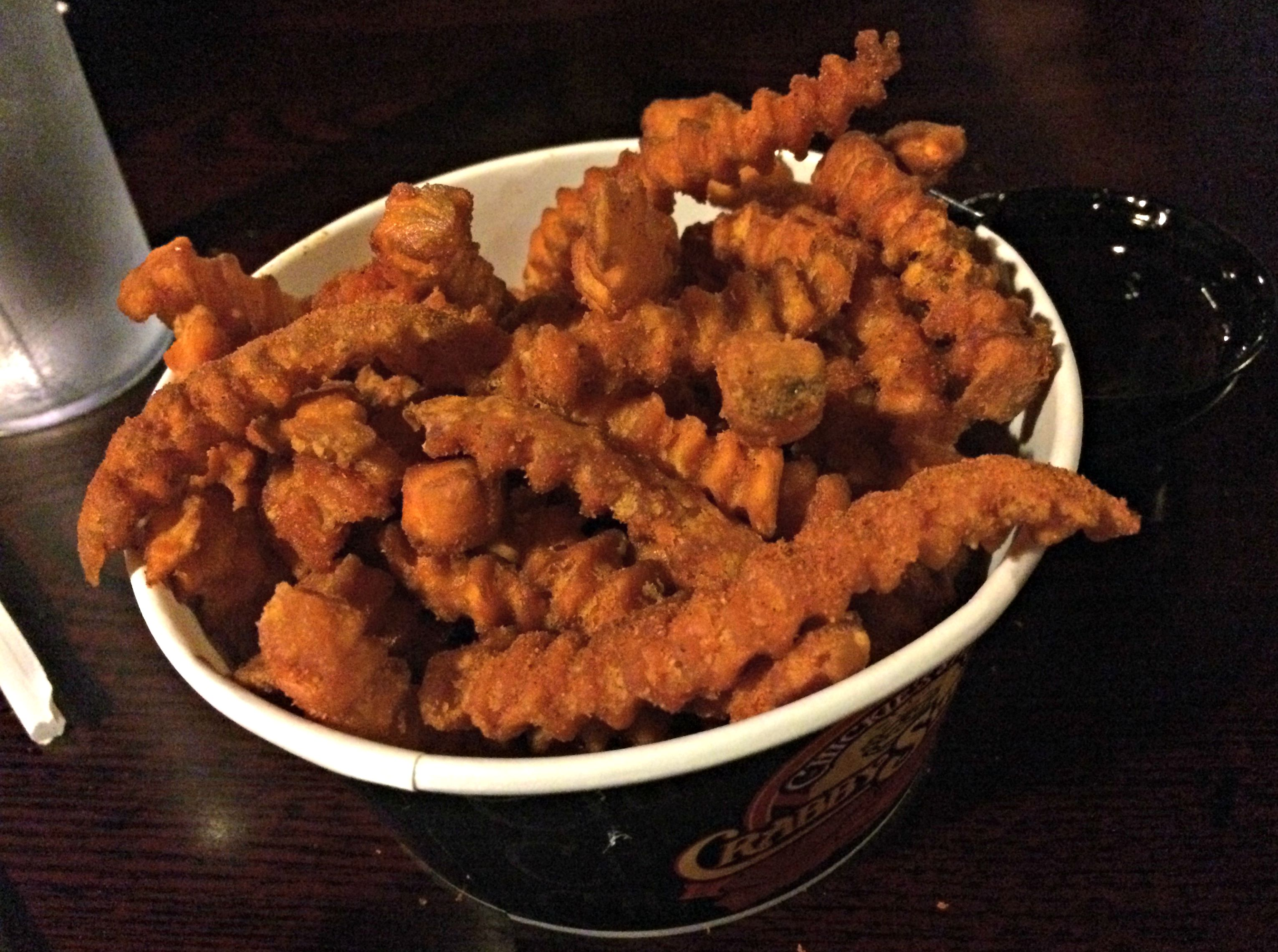 chickie's & pete's cedar point crabby sweets fries