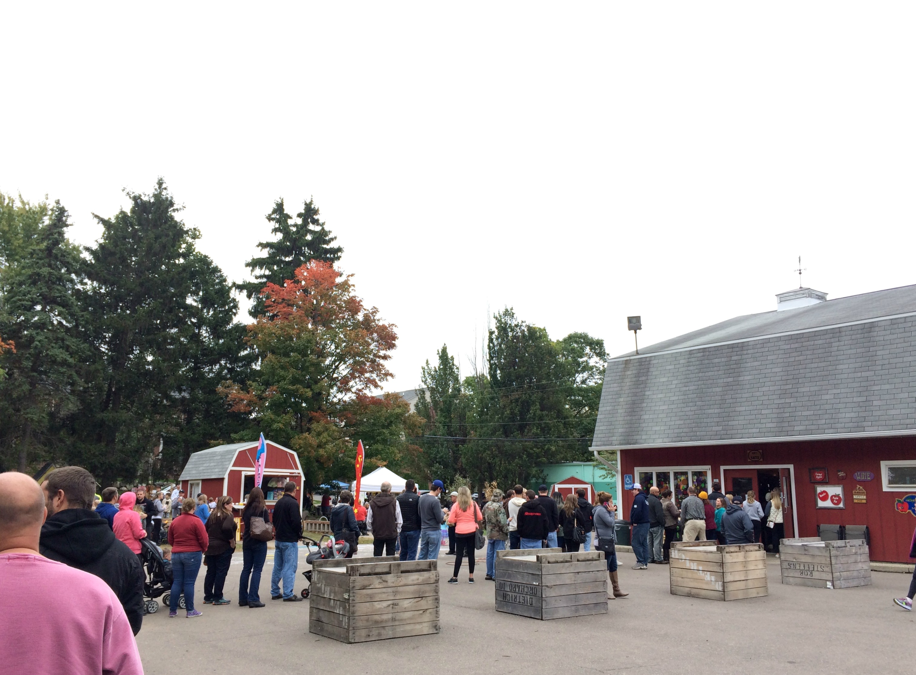 cider mill line out the door