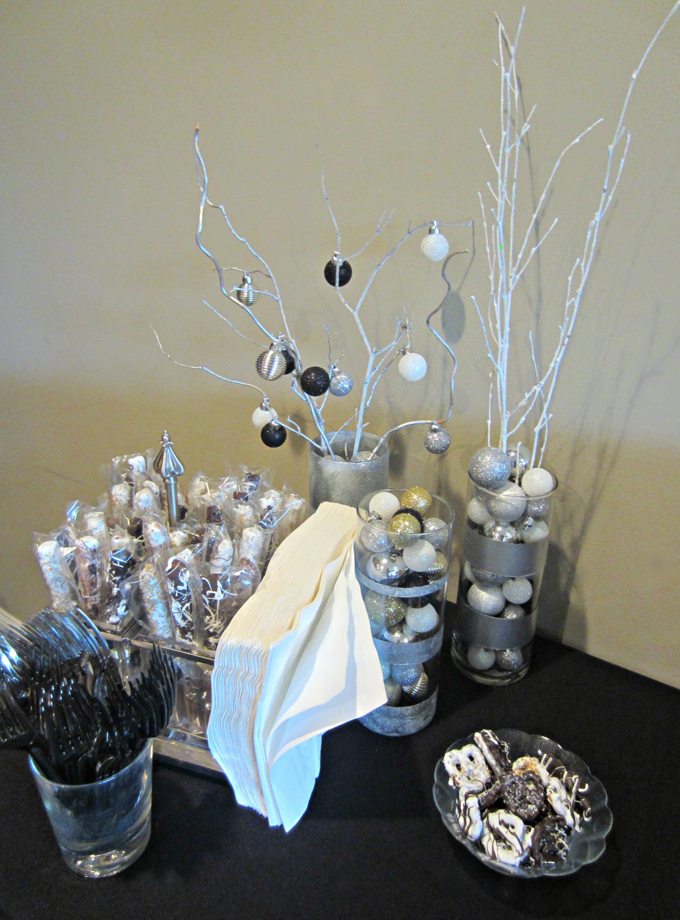new years wedding bridal shower decorations