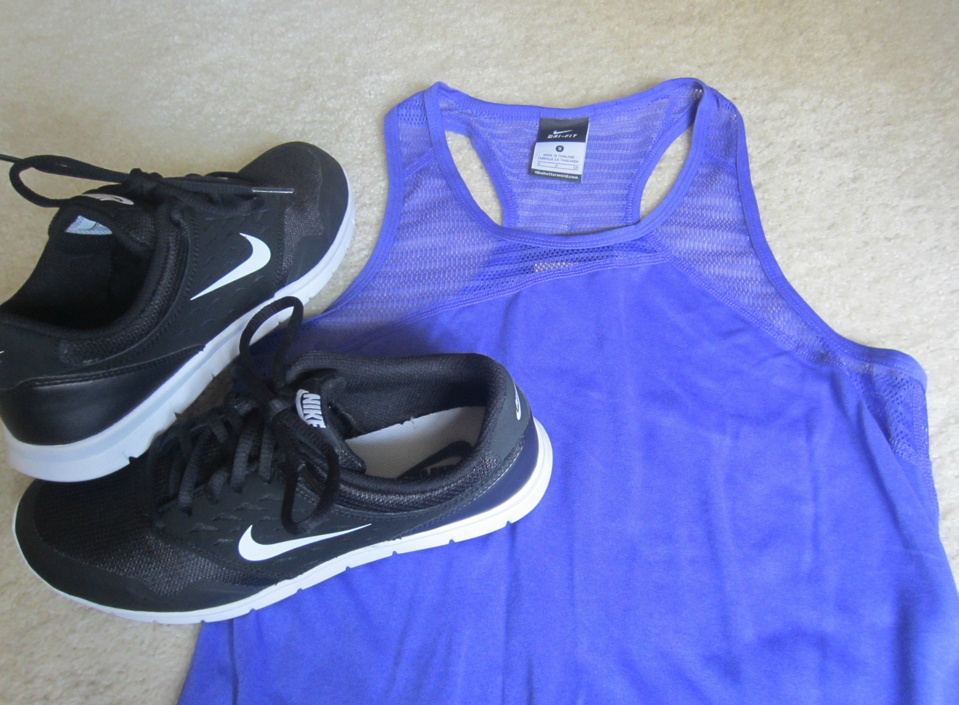 nike women's running tank and women's nike orive shoes