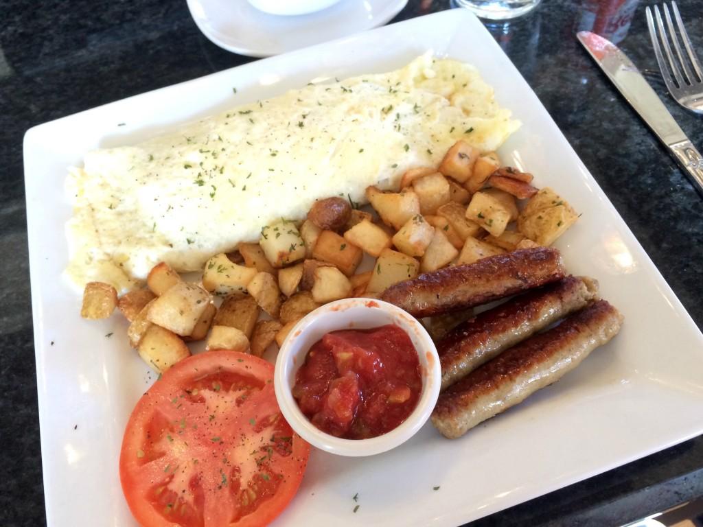 Rochester Brunch House - pete's omelet