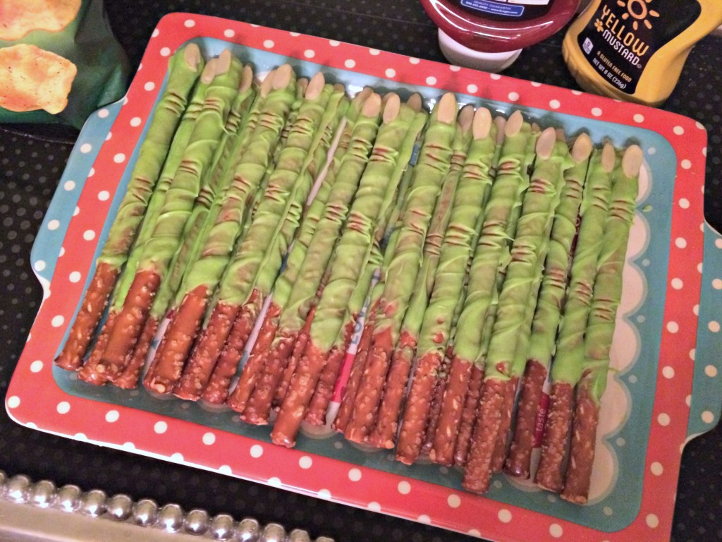 frankenstein finger pretzel sticks