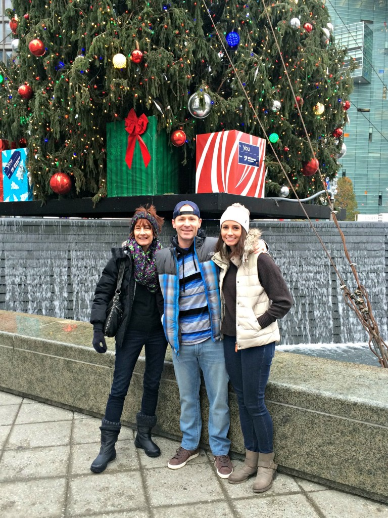 mom, scott and i at america's thanksgiving parade