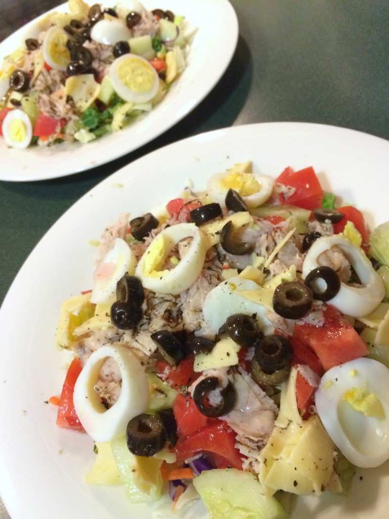 salad with turkey, eggs, and chopped vegetbles