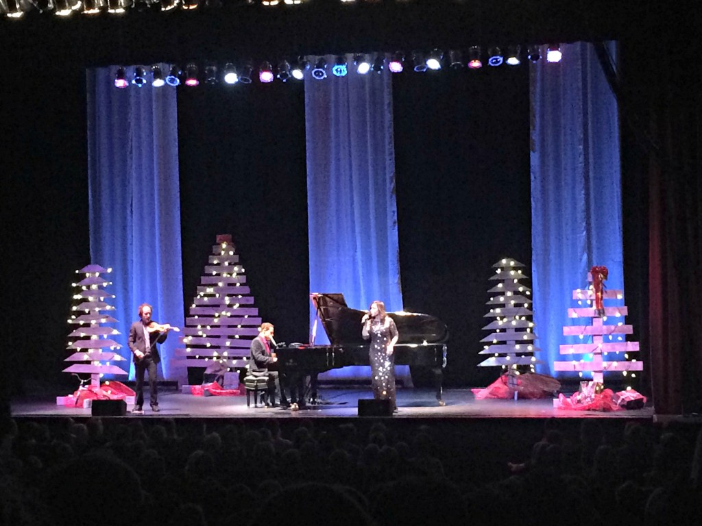 Jim Brickman comfort and joy concert