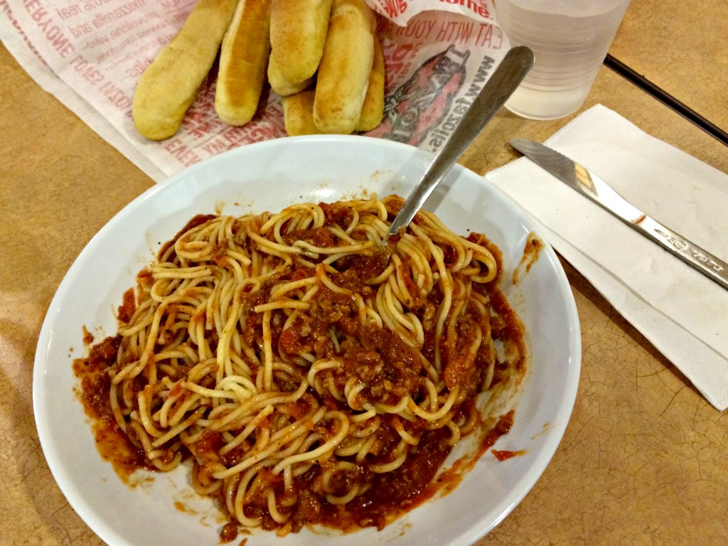 fazoli's spaghetti with meat sauce