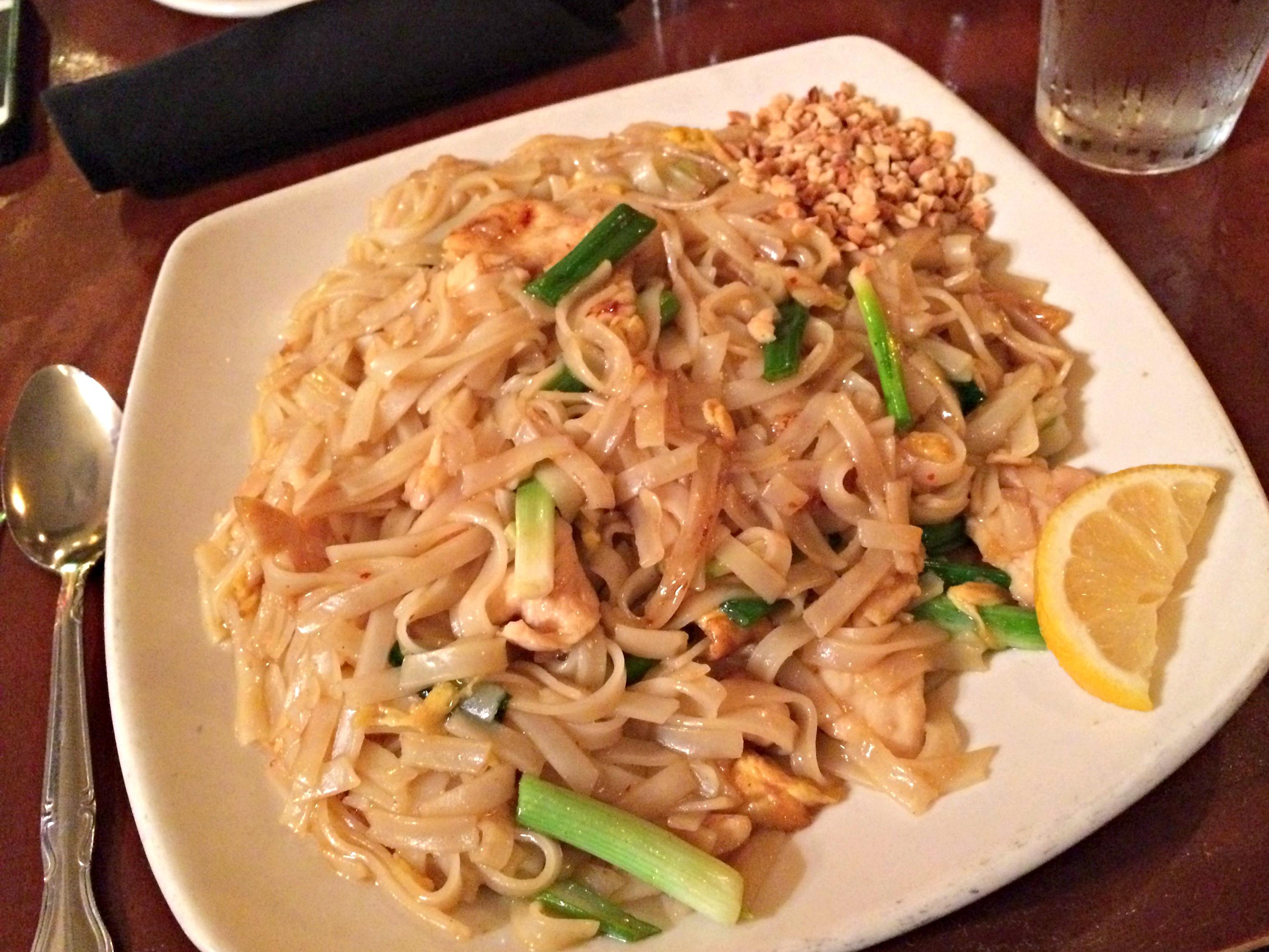 Sy Thai Pad Thai dinner