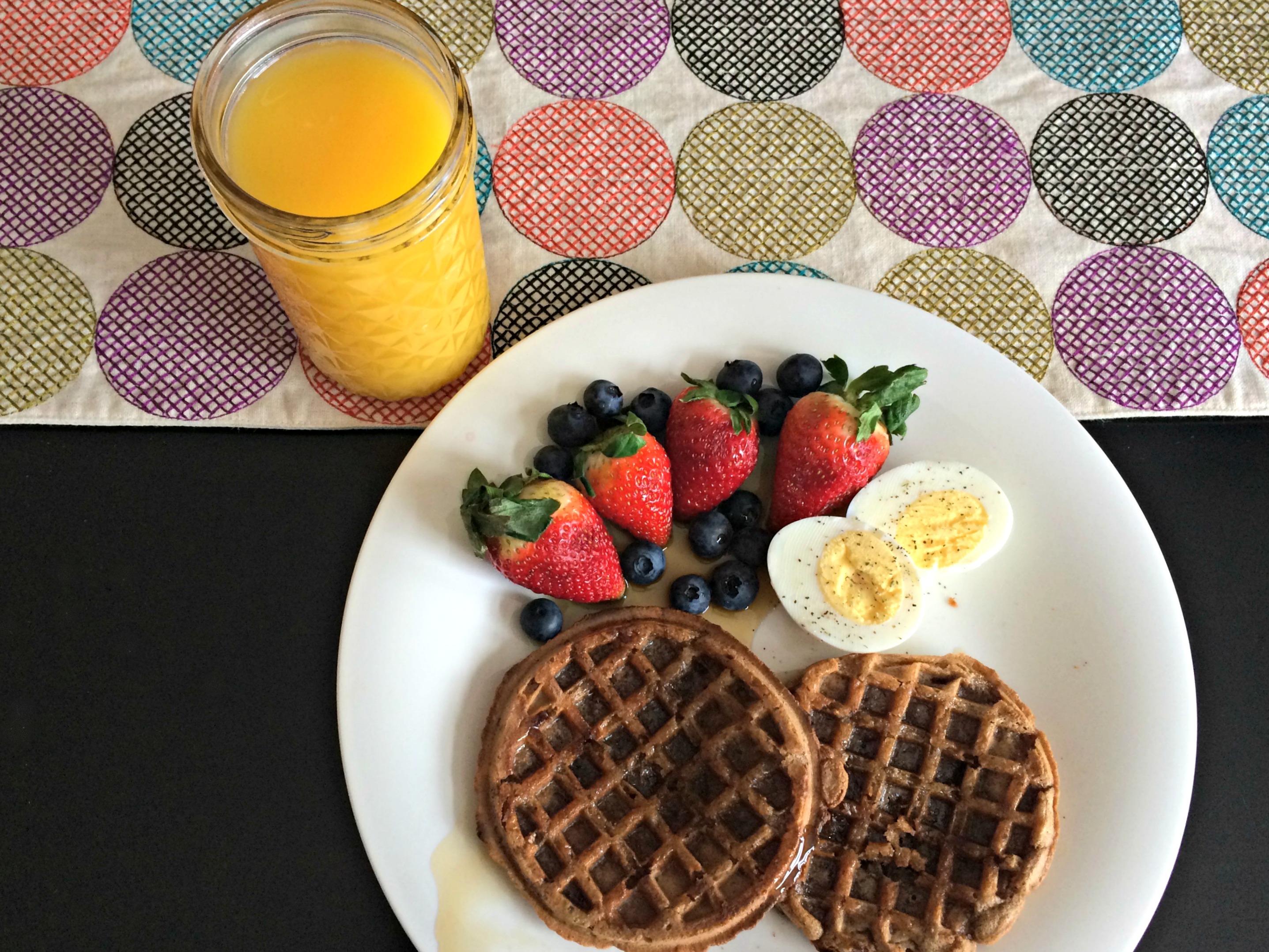 healthy waffles breakfast