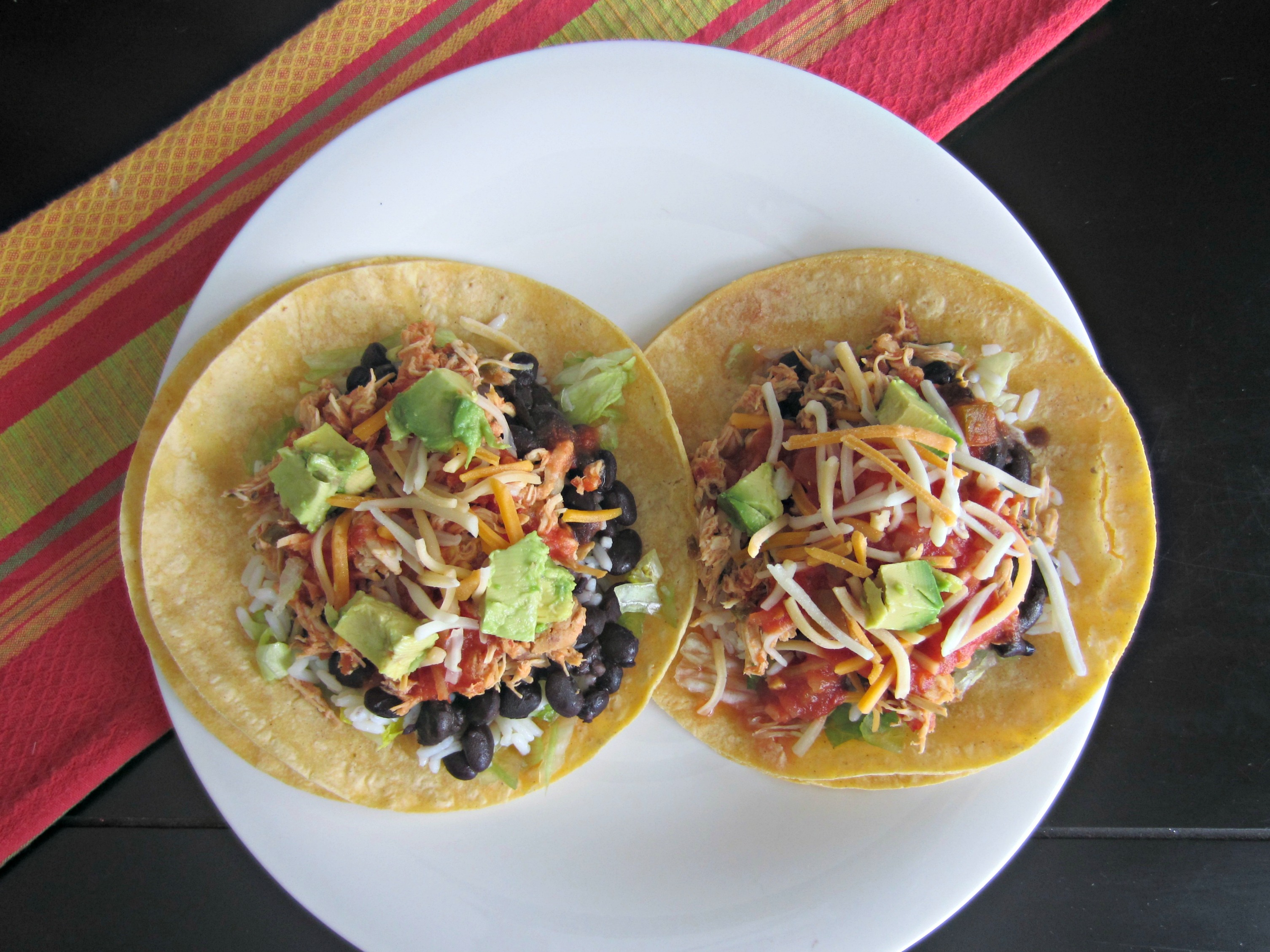 shredded chicken salsa tacos