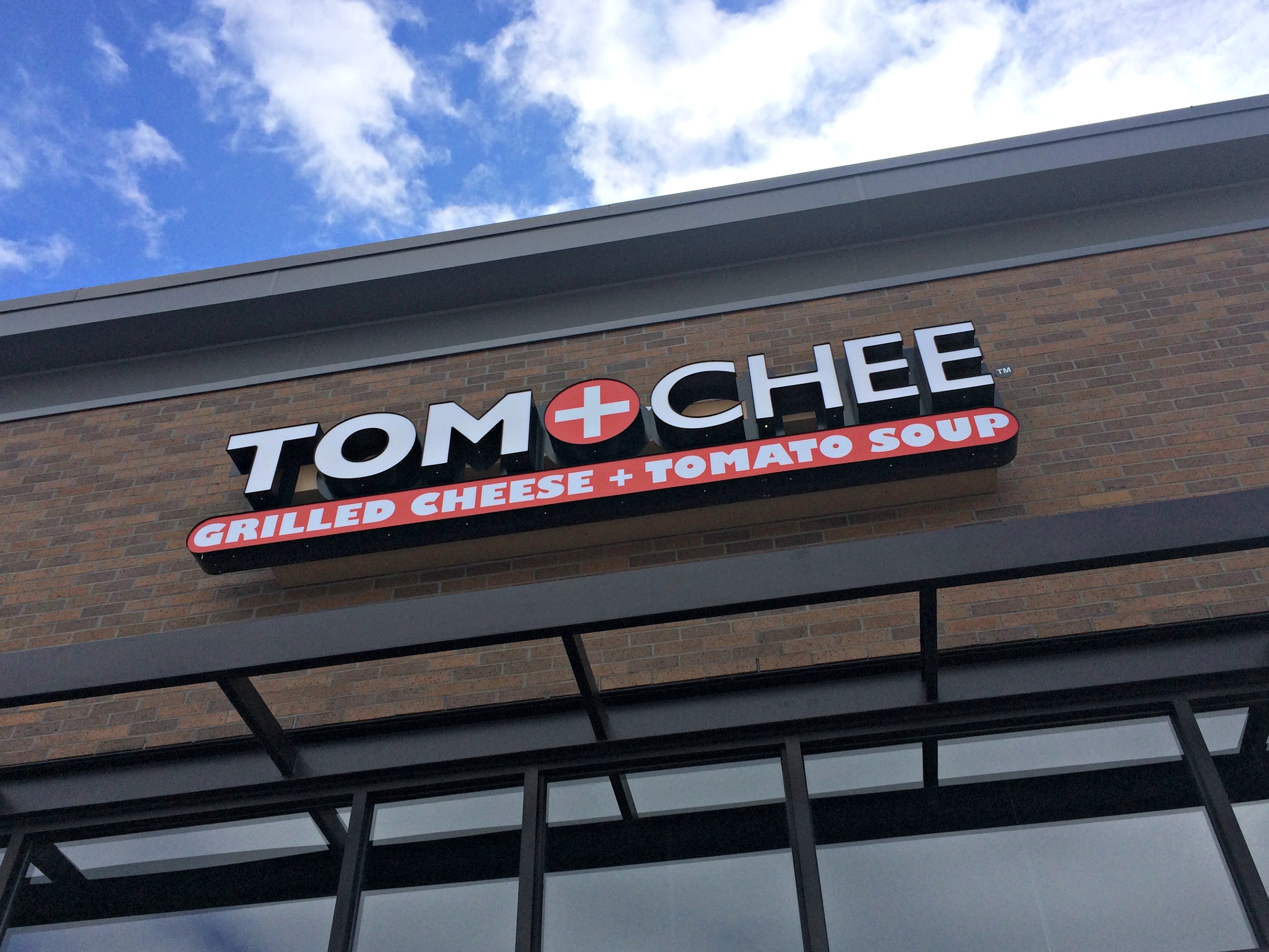 Tom + Chee restaurant