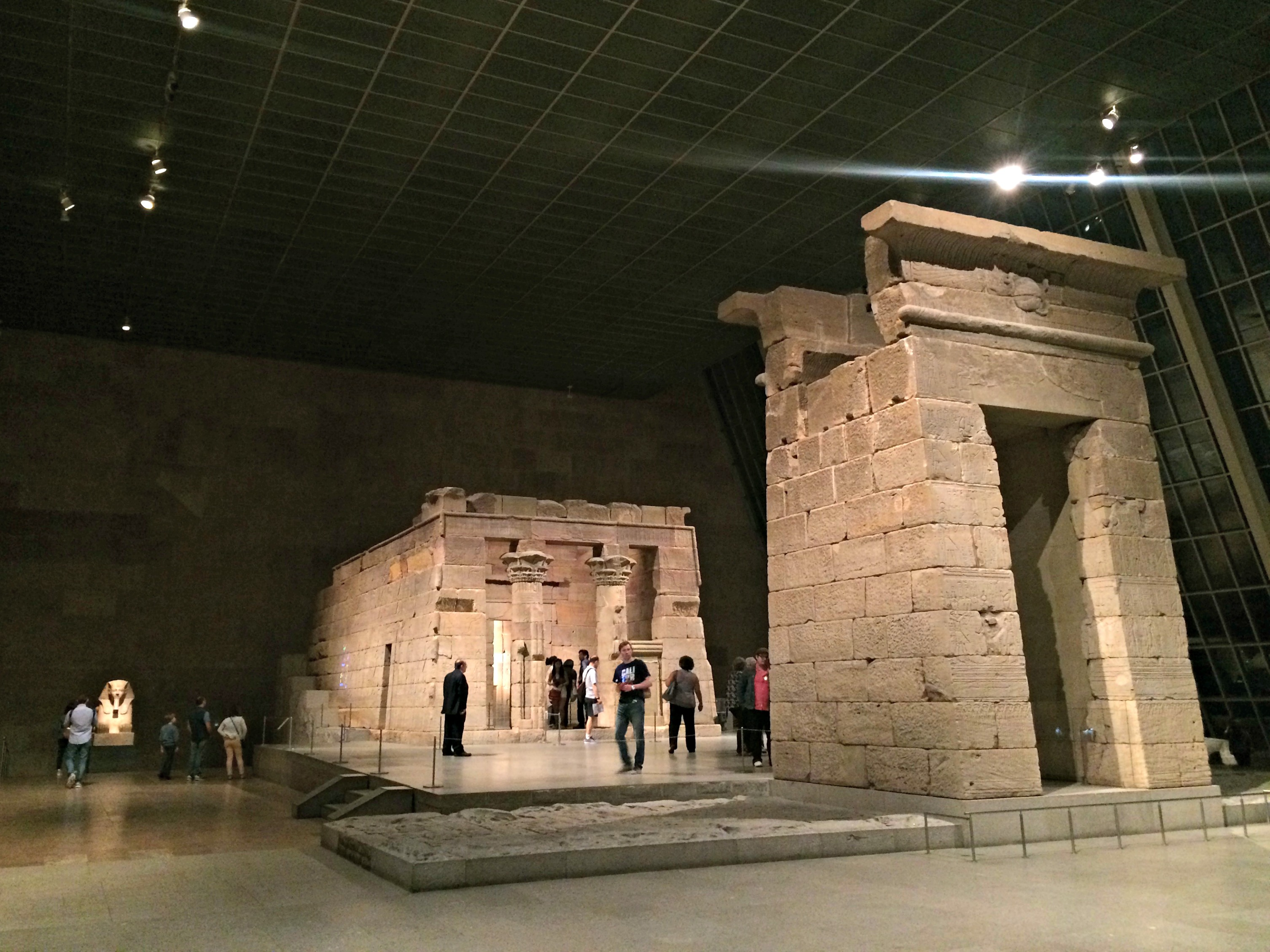 The Met Museum - The Temple of Dendur