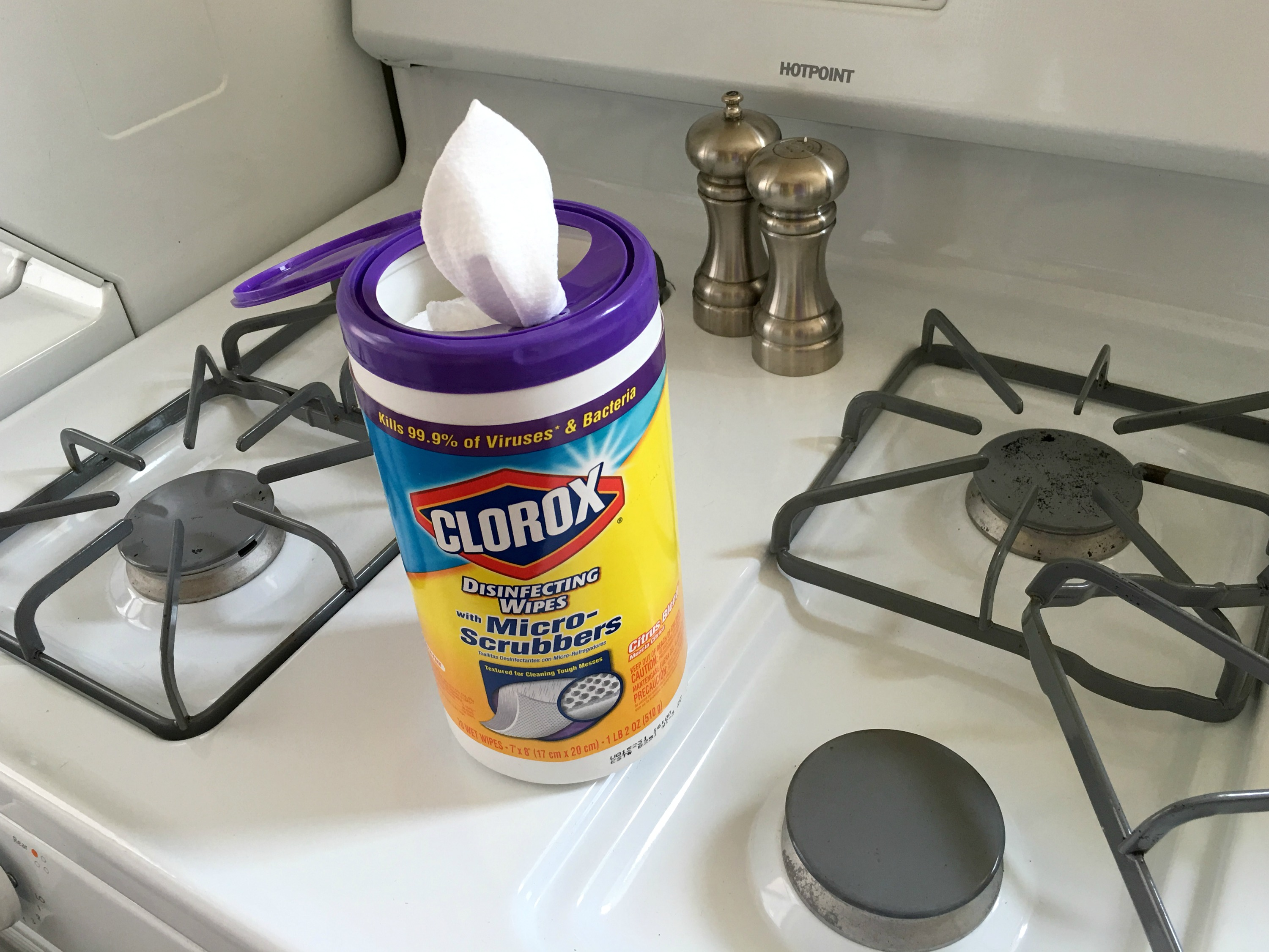 cleaning the kitchen - clorox disinfecting wipes with micro-scrubbers