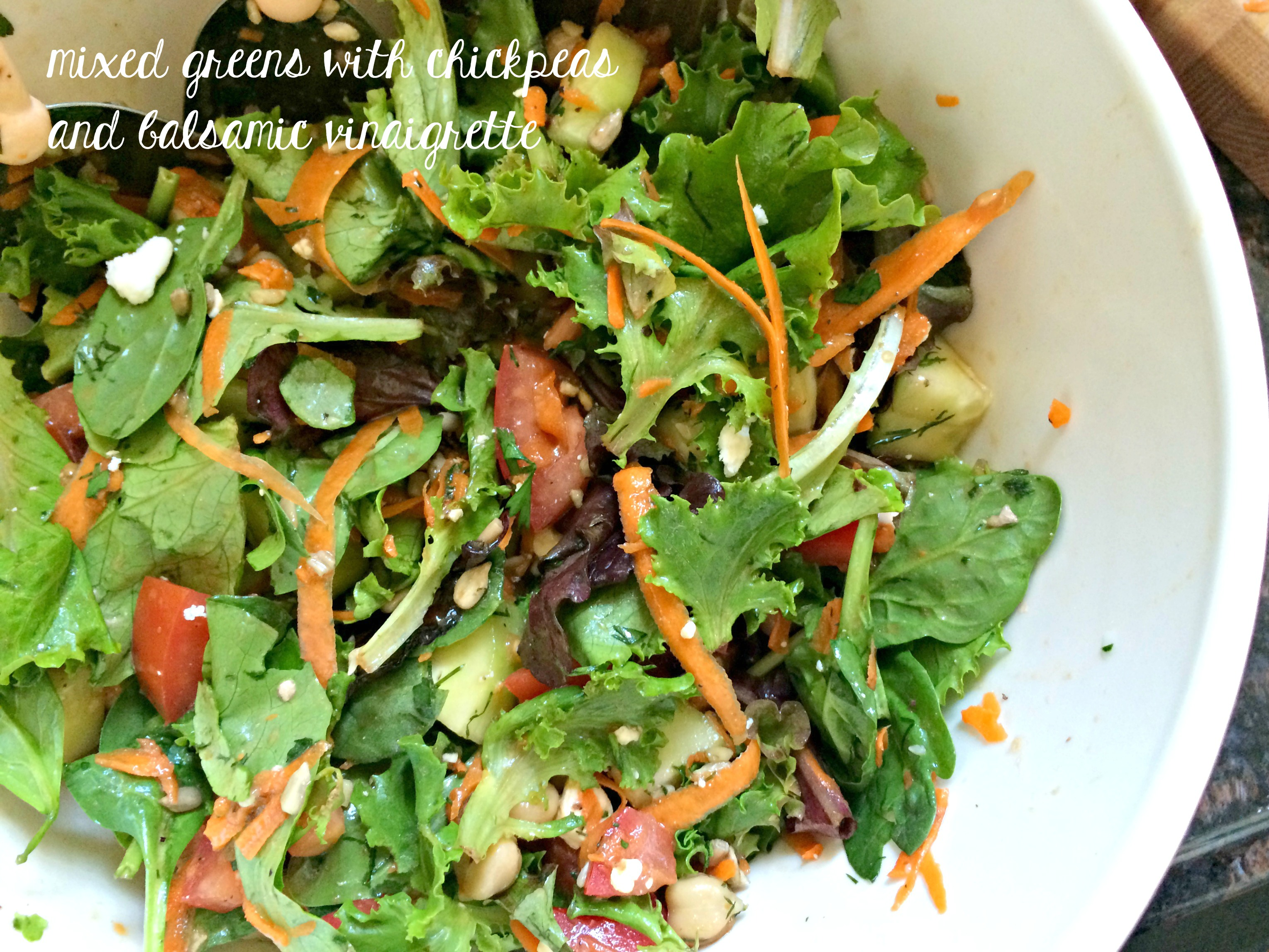 mixed greens with chickpeas and balsamic vinaigrette recipe