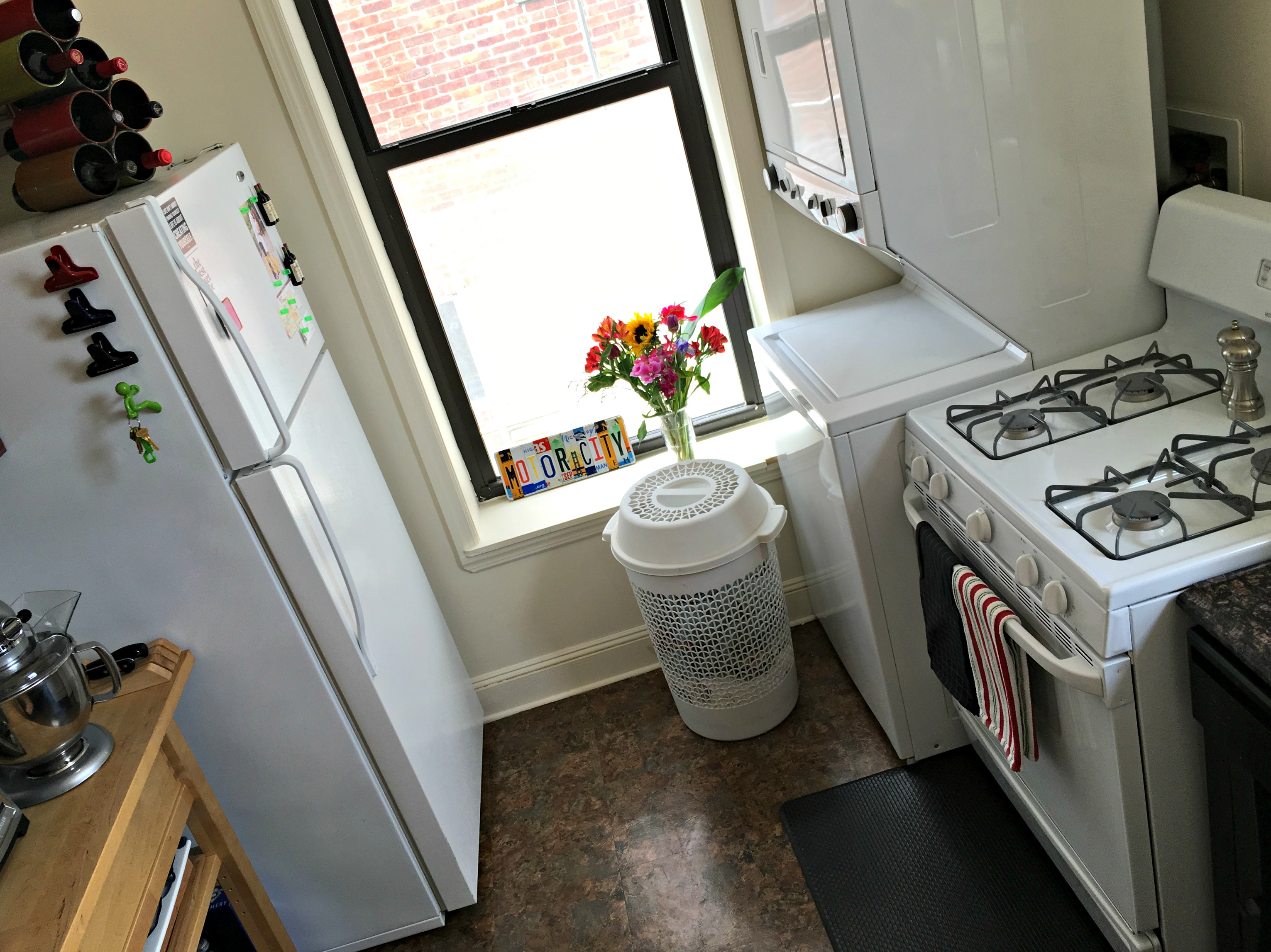 tips to keeping your kitchen clean and organized