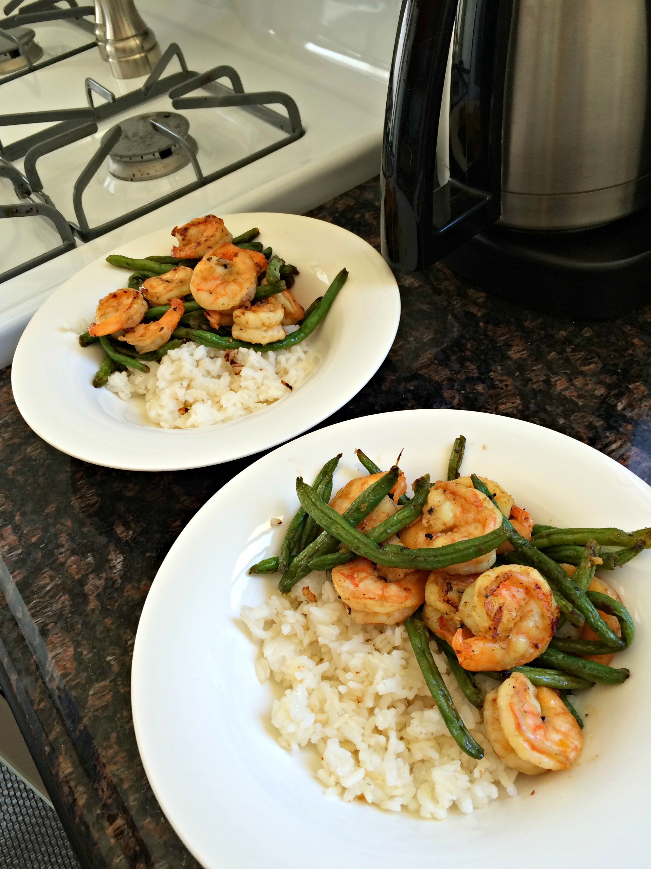 broiled shrimp and green beans over rice