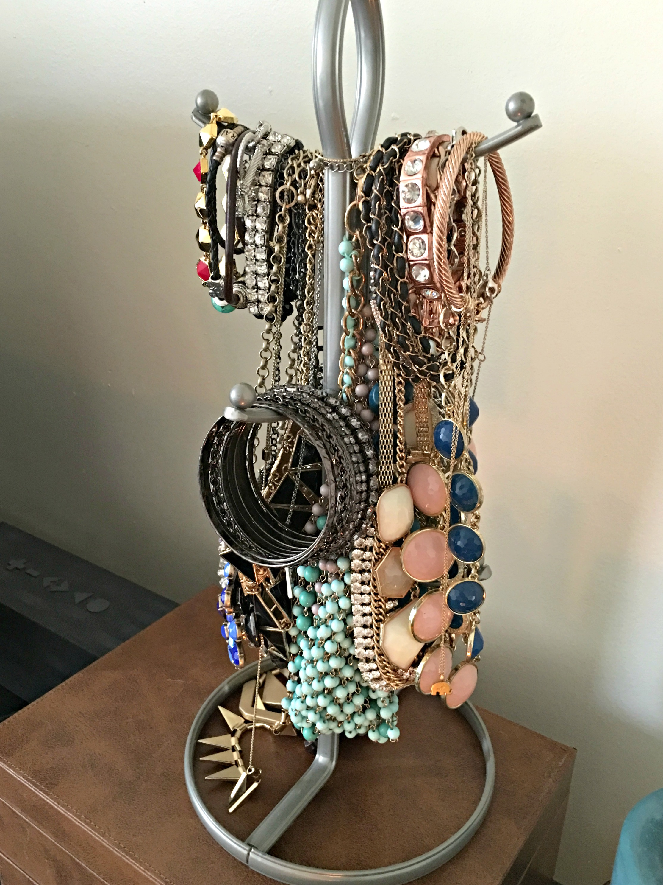 jewelry holder - jewelry tree