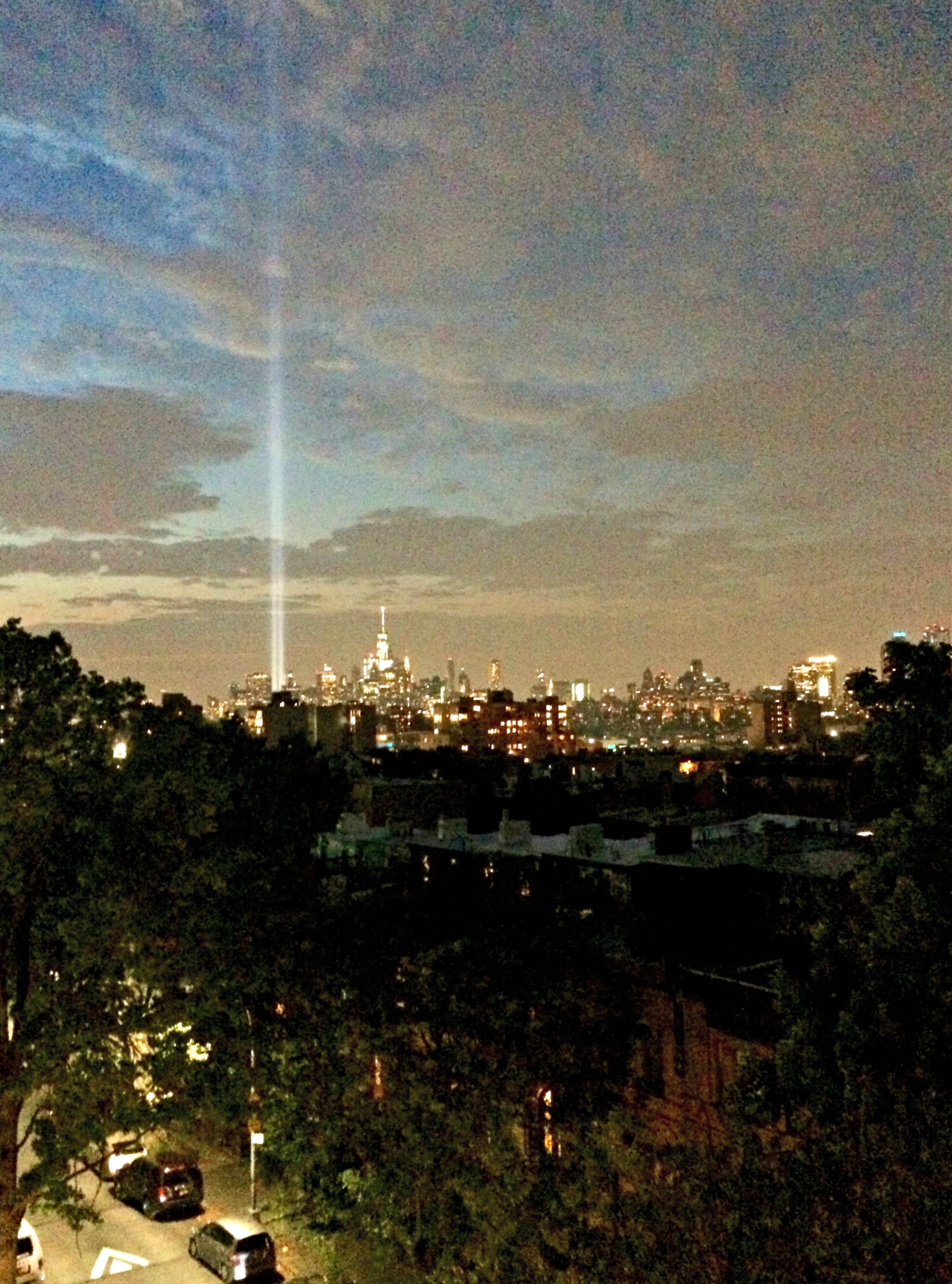 nyc-tribute-in-light-from-brooklyn