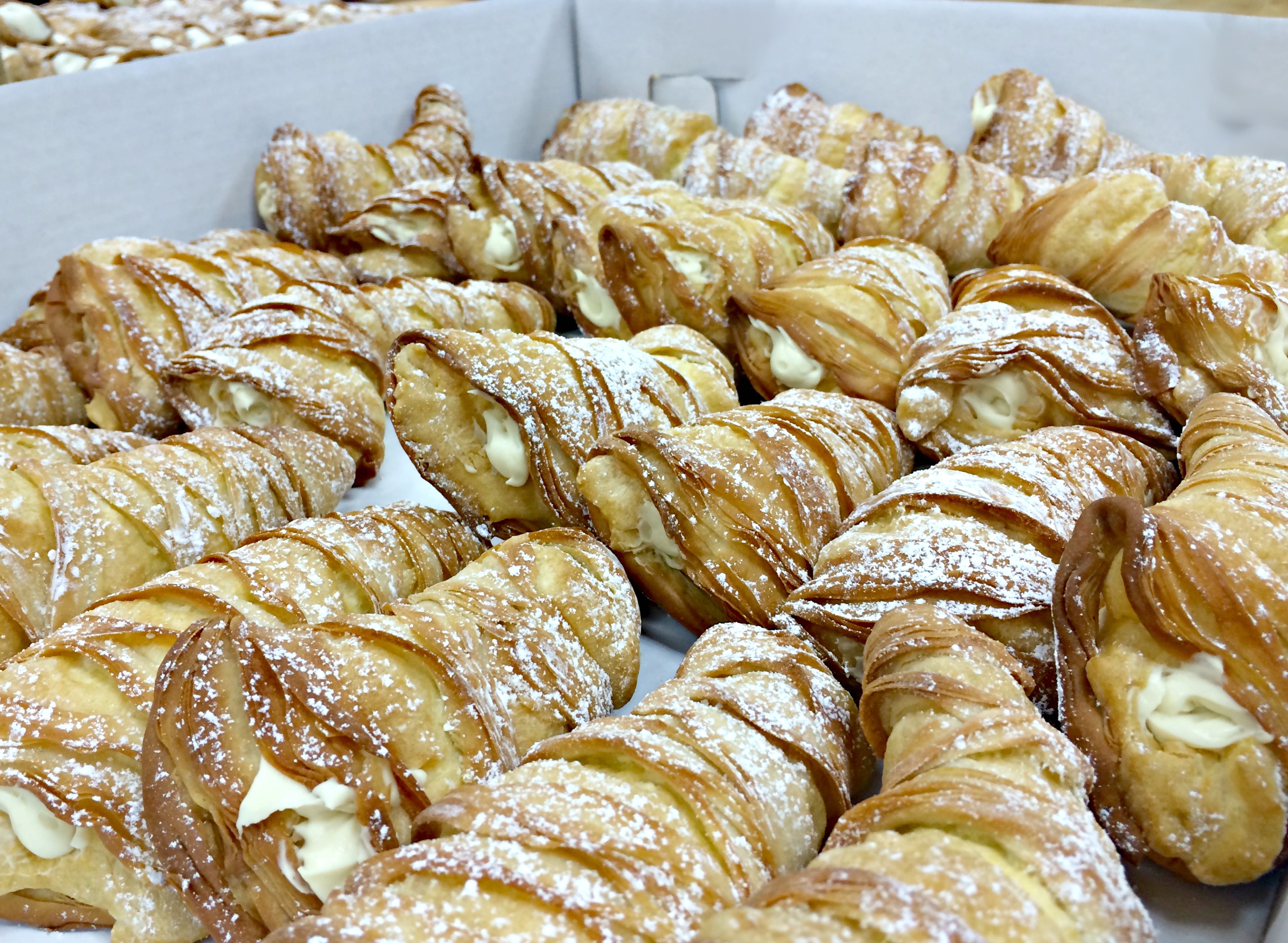 Lobster Tail Pastry Recipe Carlo Bakery – Blog Dandk