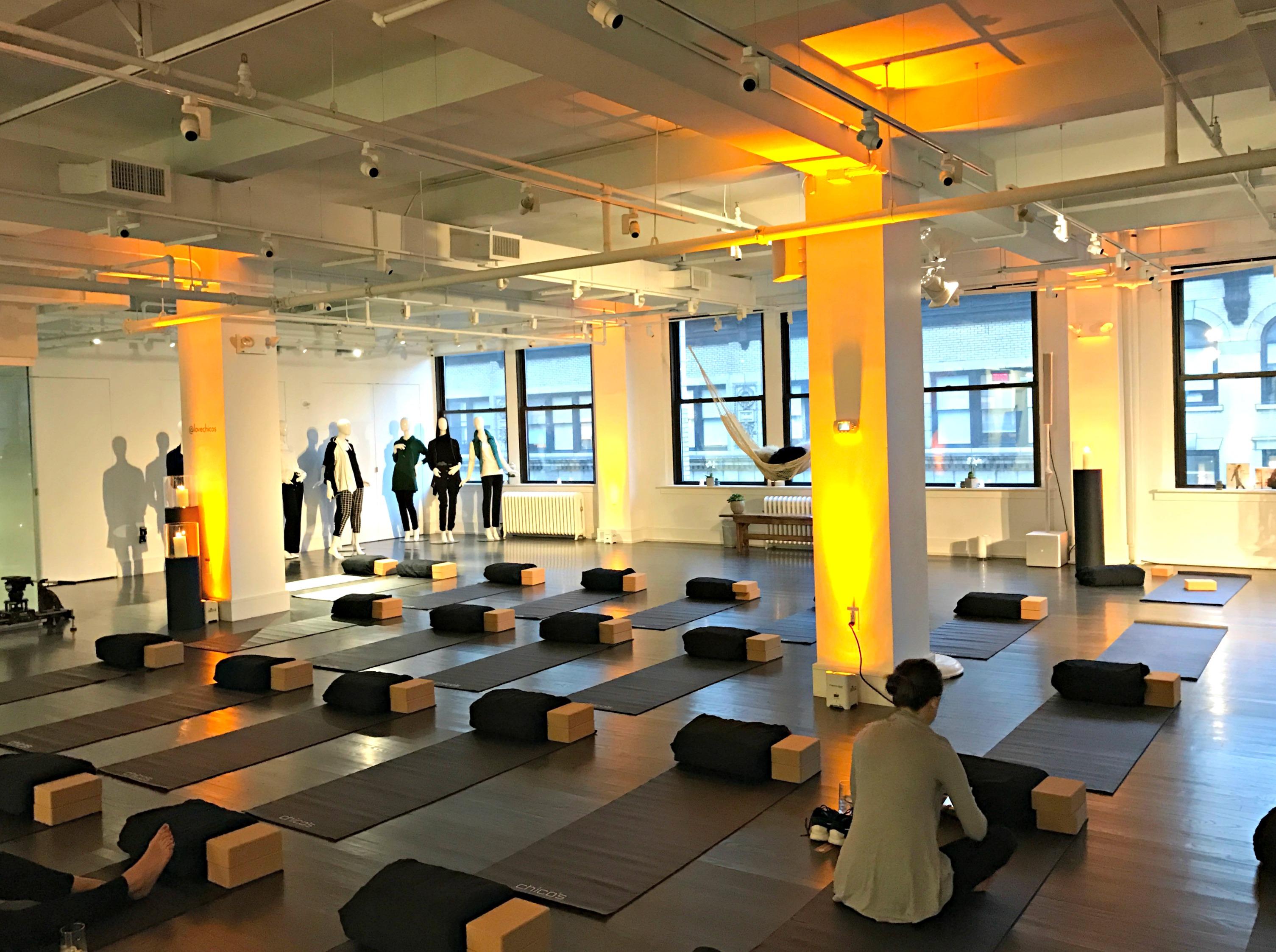 chicos-zenergy-yoga-event