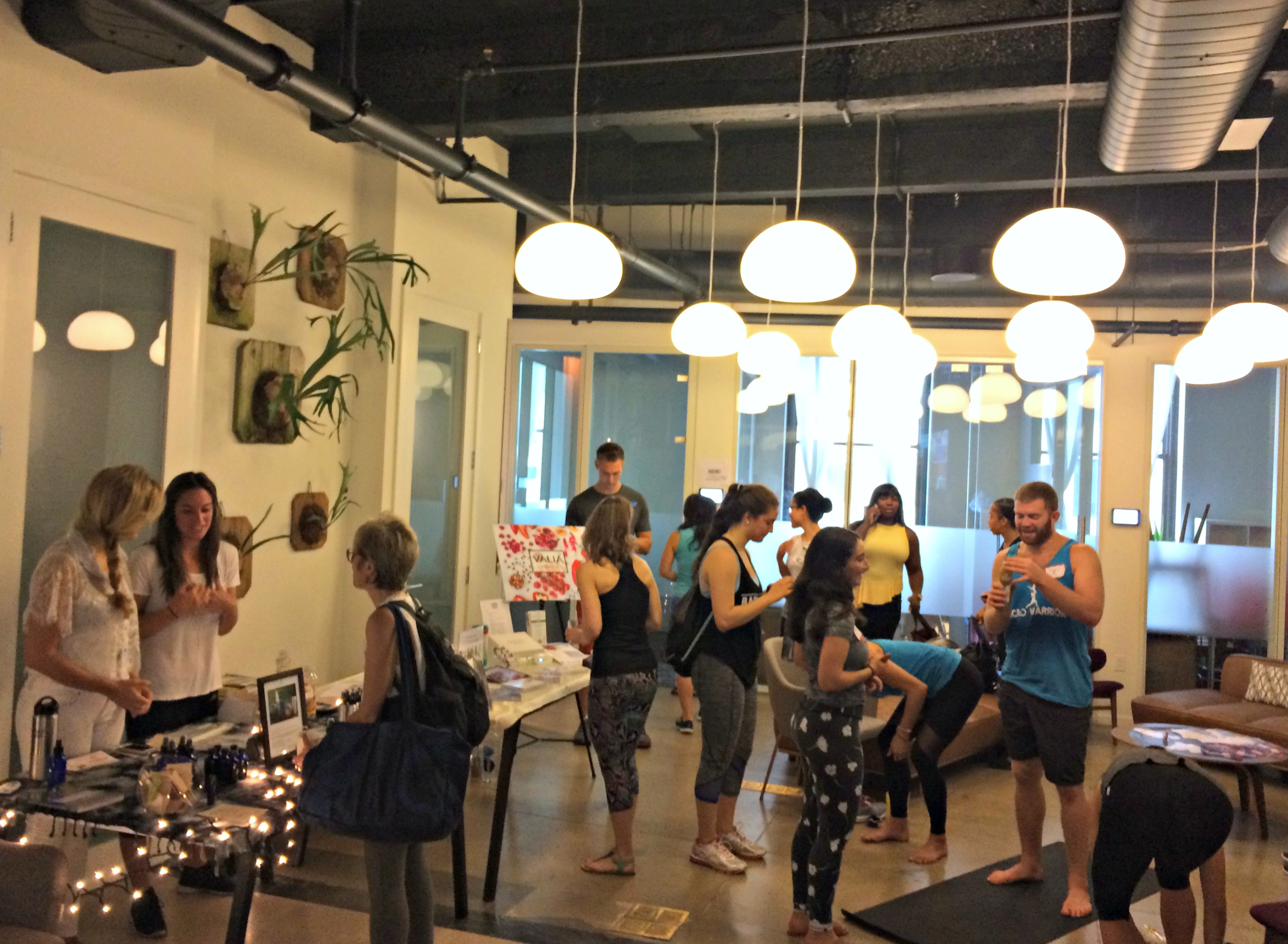 salutenyc-pop-up-yoga-nyc-event