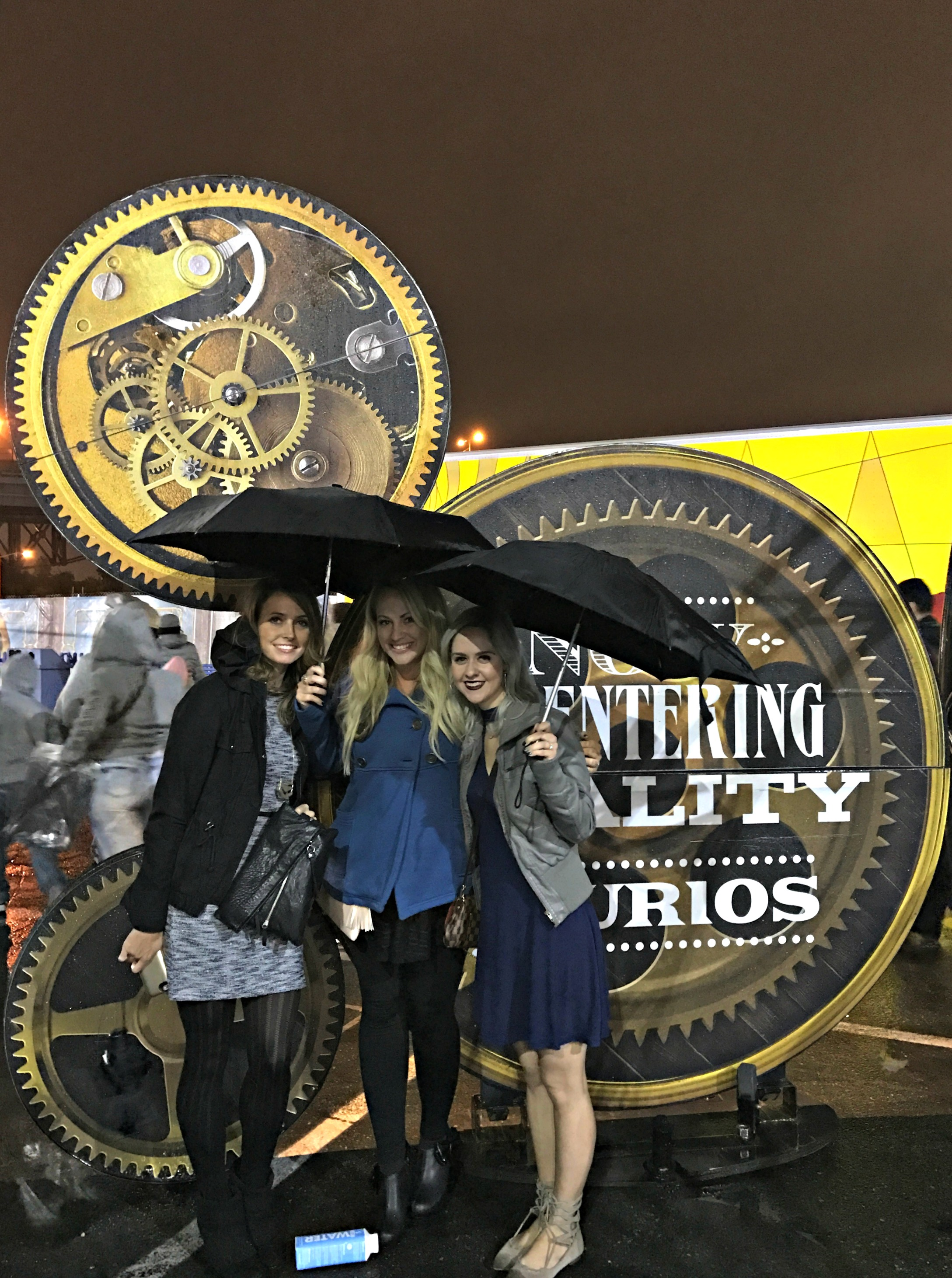 kurios-cirque-du-soleil-show-with-missy-and-brittany
