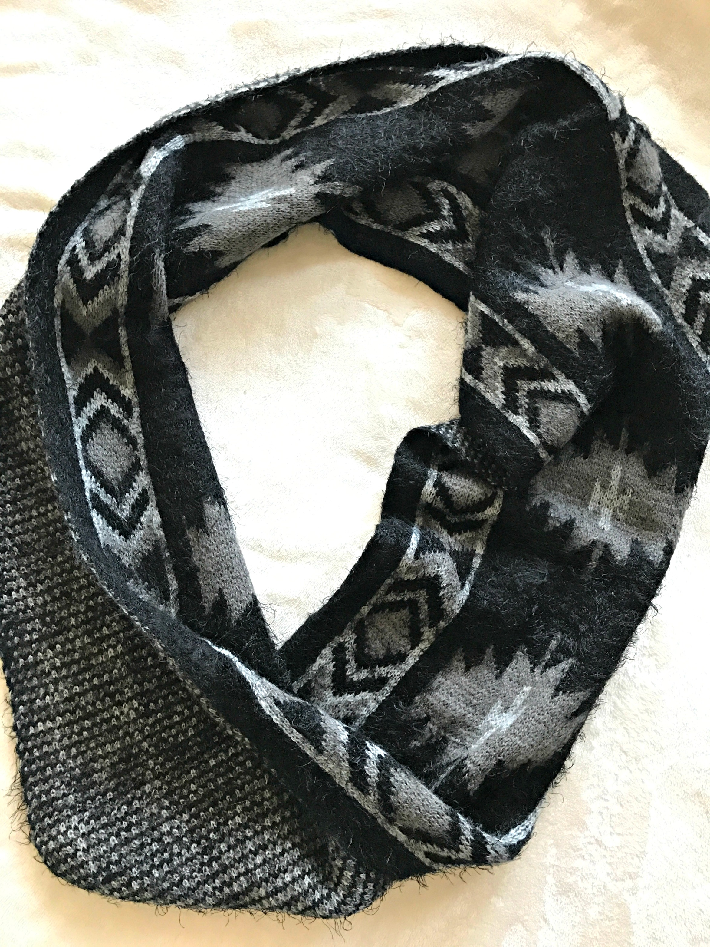 stitch-fix-mission-graphic-infinity-scarf