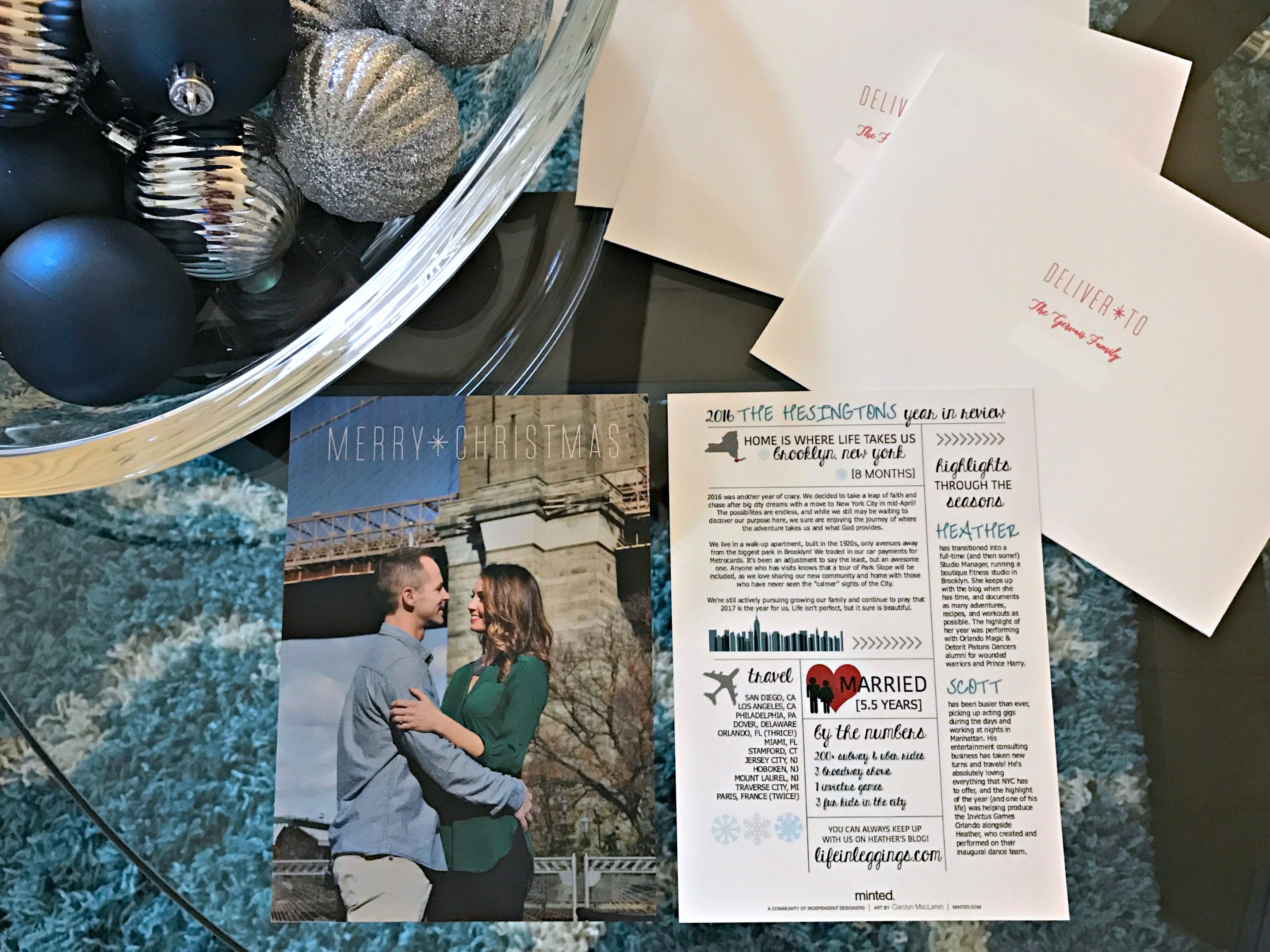 holiday-card-giveaway-minted-com