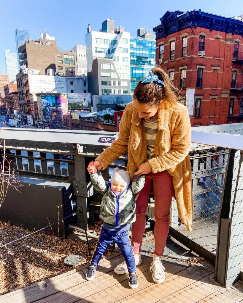 Skyler and Heather Manhattan strolling
