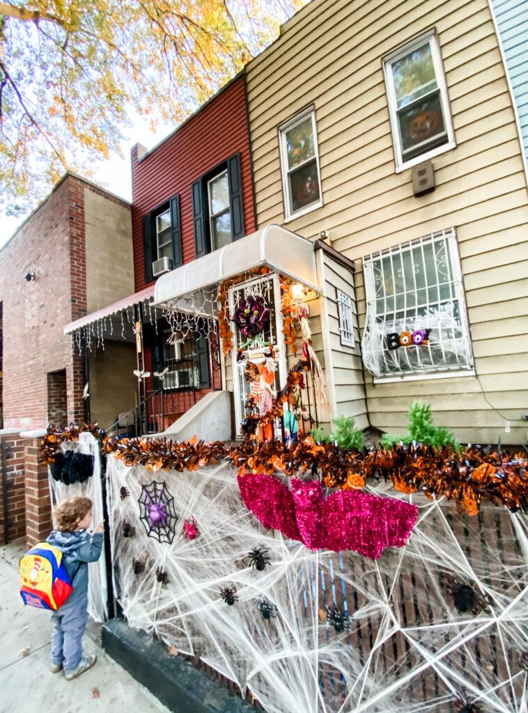 brooklyn halloween decorations