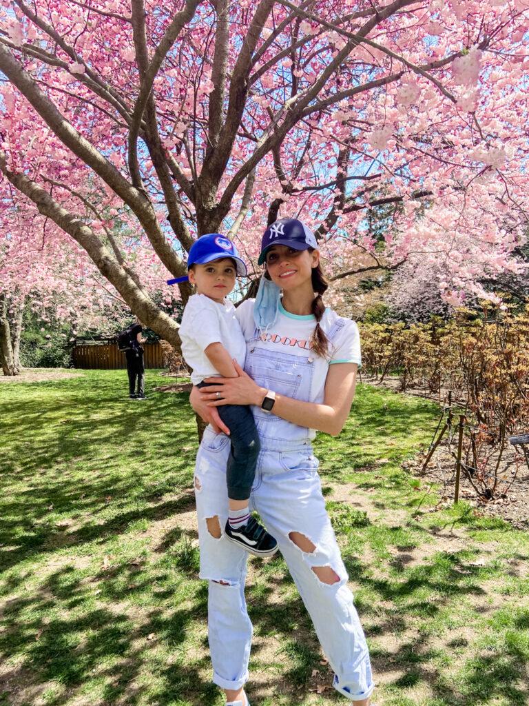 Skyler and Heather Brooklyn Botanic Garden 2021